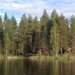 la cabaña desde el lago